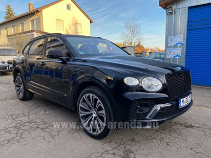 Купить Bentley Bentayga V8 4.0 First Edition 2020 в Португалии, фотография 1