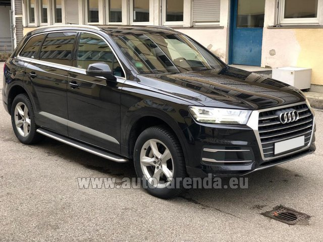 Rental Audi Q7 50 TDI Quattro 5-7 seats in Faro