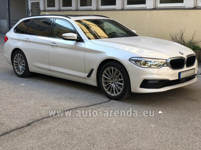 Rental BMW 5 Touring Equipment M Sportpaket in Portugal