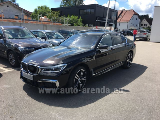 Rental BMW 750i XDrive M equipment in Algarve