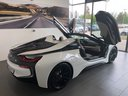 Rent-a-car BMW i8 Roadster Cabrio First Edition 1 of 200 eDrive with its delivery to Lisbon Portela airport, photo 5