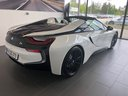 Rent-a-car BMW i8 Roadster Cabrio First Edition 1 of 200 eDrive with its delivery to Lisbon Portela airport, photo 3