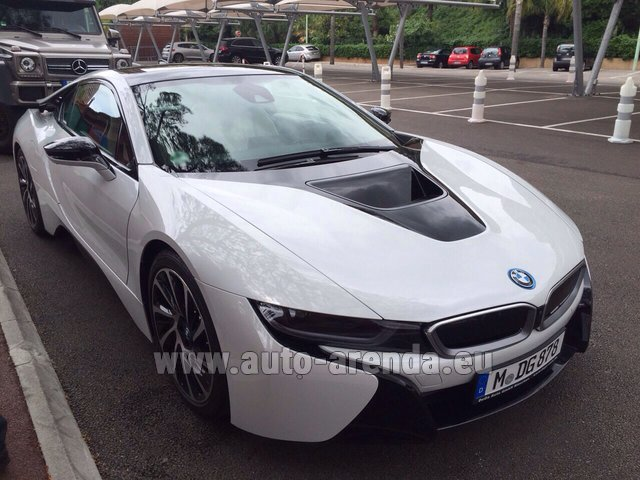 Rental BMW i8 Coupe Pure Impulse in Madeira