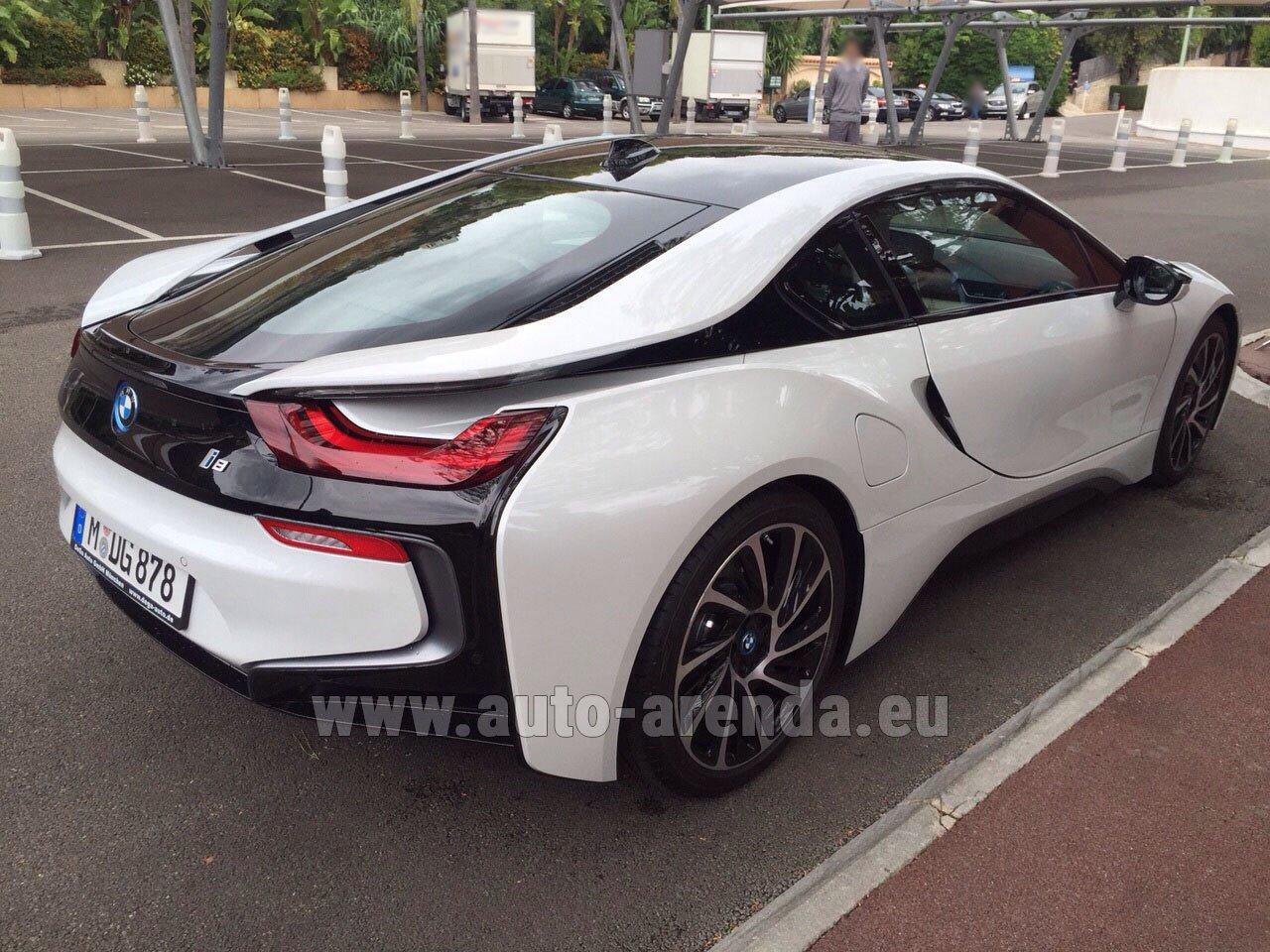 Аренда автомобиля БМВ i8 Купе Pure Impulse в Алгарве