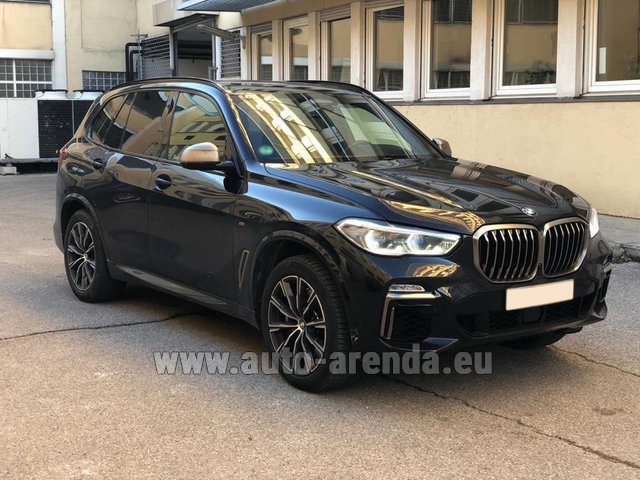 Rental BMW X5 M50d XDRIVE in Portugal