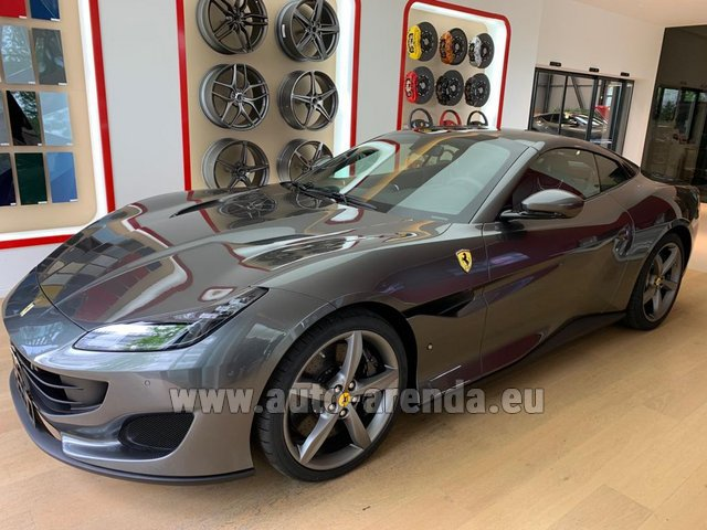 Hire and delivery to Lisbon Portela airport the car Ferrari Portofino