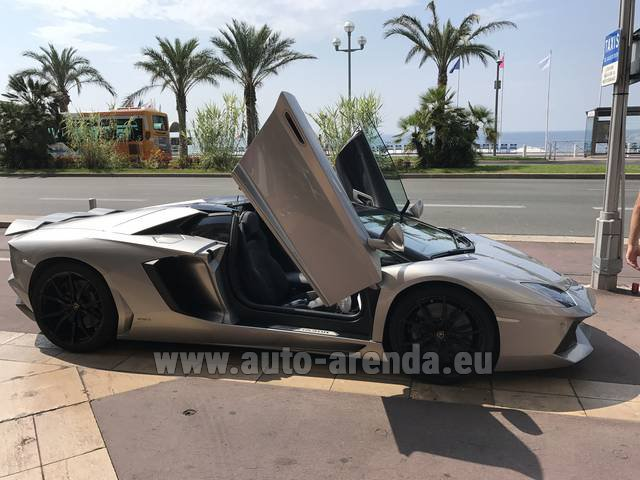 Hire and delivery to Lisbon Portela airport the car Lamborghini Aventador LP 700-4