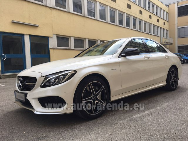 Rental Mercedes-Benz C-Class C43 AMG Biturbo 4MATIC White in Faro