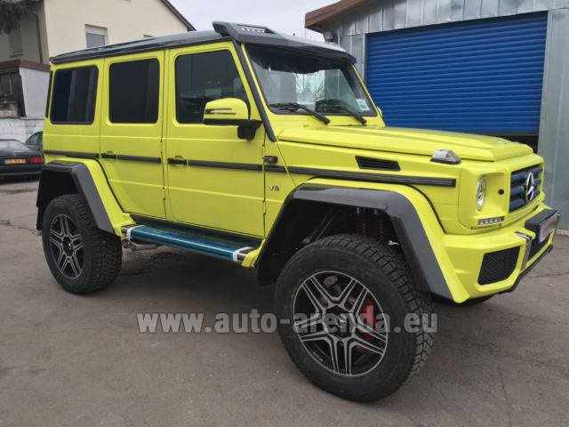 Rental Mercedes-Benz G 500 4x4 Yellow in Lisbon