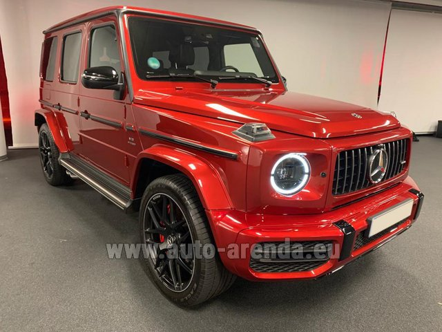 Rental Mercedes-Benz G 63 AMG biturbo in Lisbon