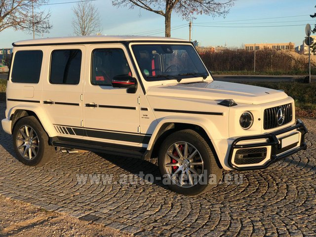 Rental Mercedes-Benz G 63 AMG White in Lisbon