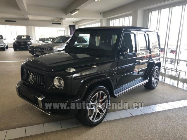 Rental Mercedes-Benz G63 AMG V8 biturbo in Lisbon