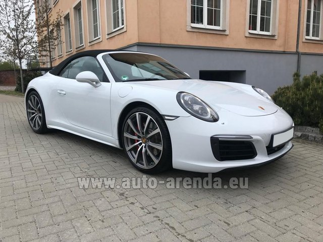 Hire and delivery to Lisbon Portela airport the car Porsche 911 Carrera 4S Cabrio