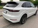 Rent-a-car Porsche Cayenne Turbo V8 550 hp in Vilamoura, photo 4