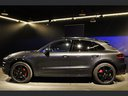 Rent-a-car Porsche Macan Turbo Performance Package LED Sportabgas in Portugal, photo 9