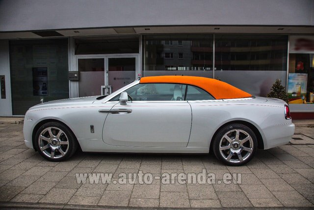 Hire and delivery to Lisbon Portela airport the car Rolls-Royce Dawn White