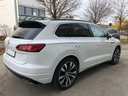Rent-a-car Volkswagen Touareg 3.0 TDI R-Line in Lagos, photo 9