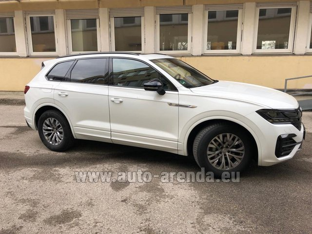 Hire and delivery to Lisbon Portela airport the car Volkswagen Touareg R-Line
